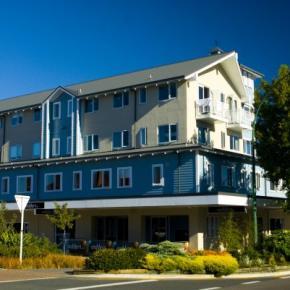 廉价旅馆 - Base Taupo