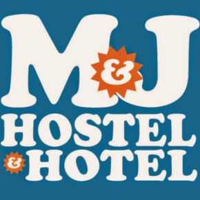 廉价旅馆 - M and J Place Hostel