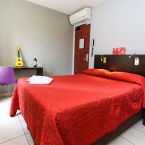 廉价旅馆 - Le Montclair Hostel