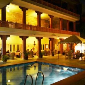 廉价旅馆 - Suryaa Villa
