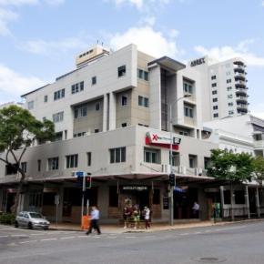 廉价旅馆 - Base Brisbane Uptown