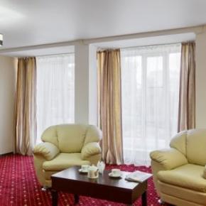 廉价旅馆 - Davidov Hotel