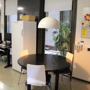 廉价旅馆 - Alternative Creative Youth Hostel Barcelona
