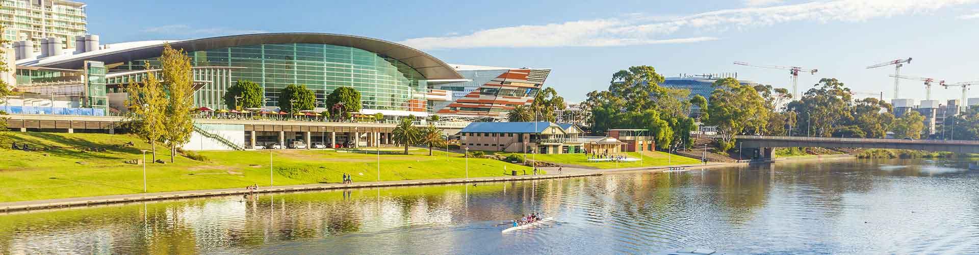 阿德莱德 – Adelaide Central Business District区的青年旅馆。阿德莱德 地图,阿德莱德 每间青年旅馆的照片和评分。