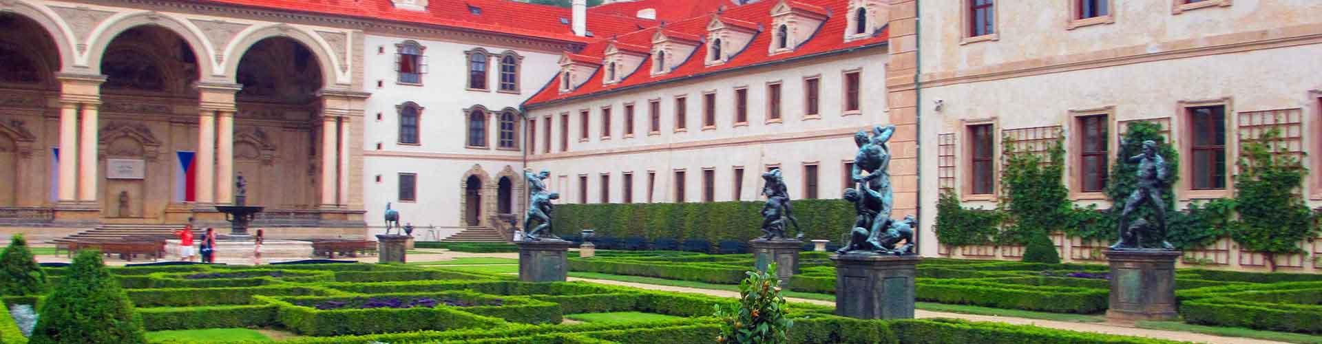 布拉格 – 华伦斯坦宫 附近的青年旅舍。布拉格地图,布拉格 所有青年旅馆的照片和评分。