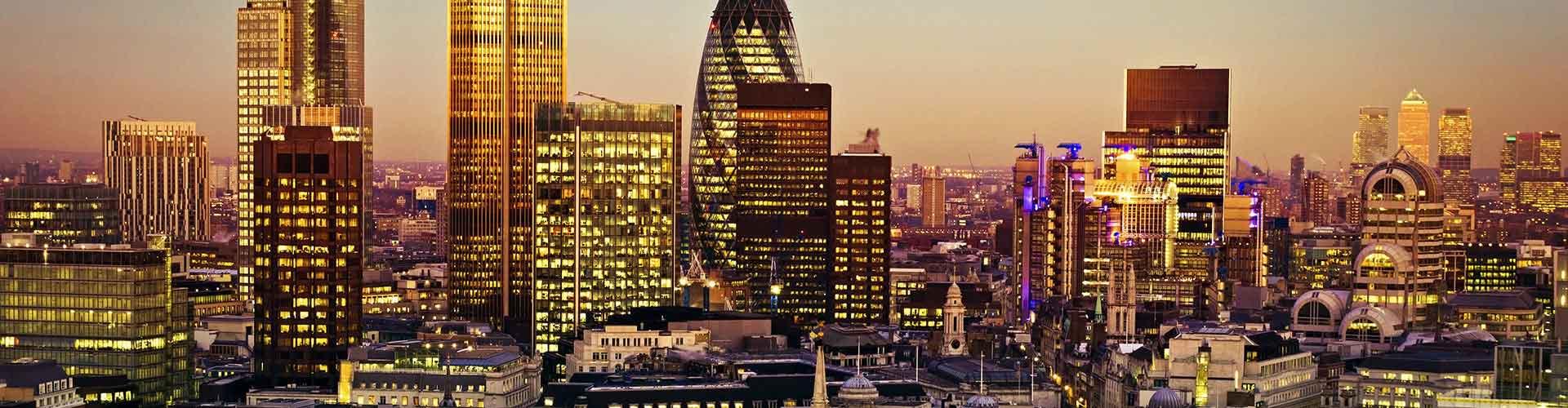 伦敦 – 42塔 附近的青年旅舍。伦敦地图,伦敦 所有青年旅馆的照片和评分。