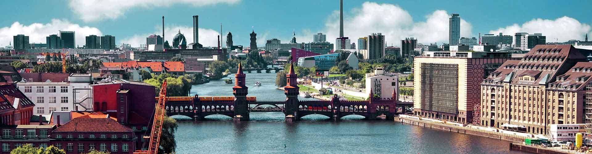 柏林 – Kreuzberg区的青年旅馆。柏林 地图,柏林 每间青年旅馆的照片和评分。