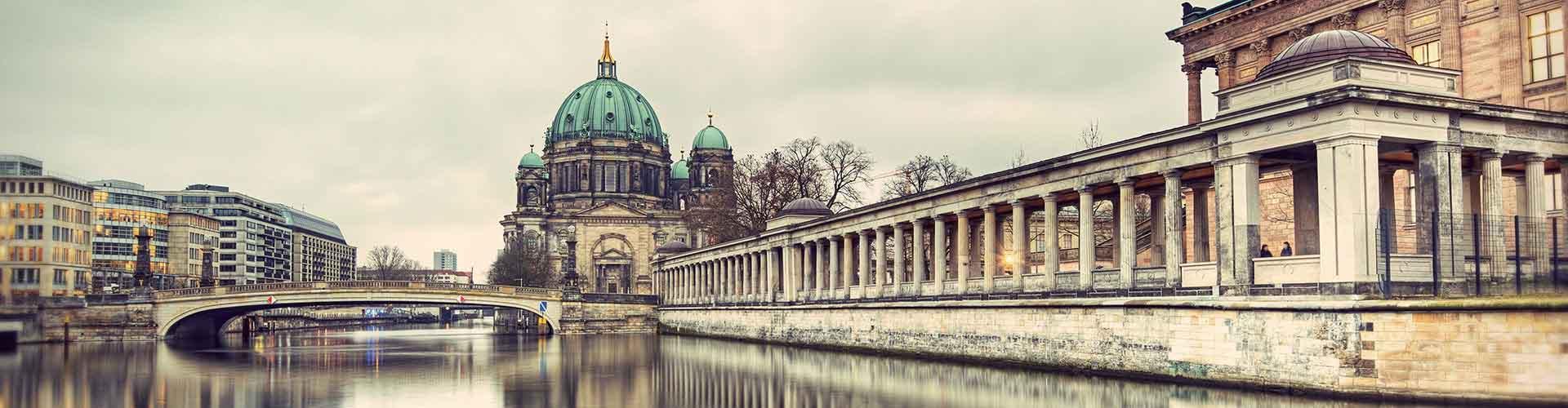 柏林 – 柏林大教堂附近的露营地。柏林地图,柏林每个露营地的照片和评价。